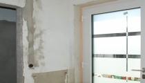 Gäste-WC entkernt/neue Haustür